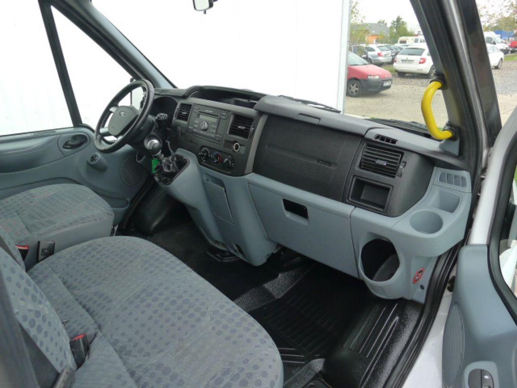 Ford Transit 300L 2,2TDCI 9míst Maxi+ klima Akce - 10
