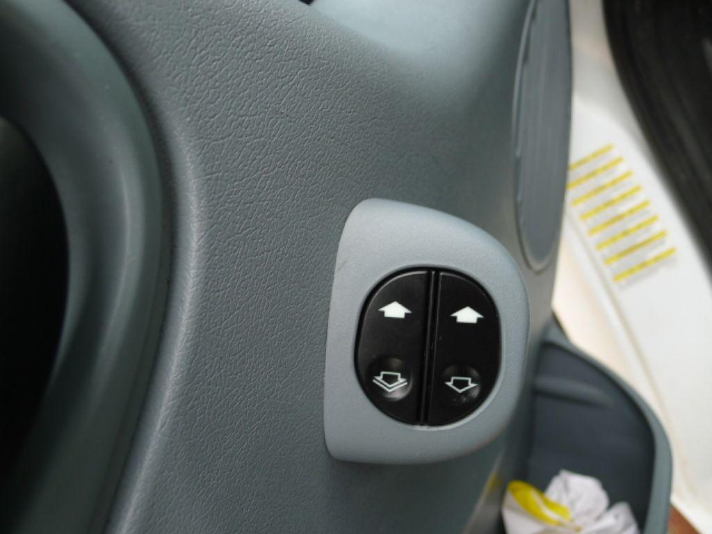Ford Transit 300L 2,2TDCI 9míst Maxi+ klima Akce - 18