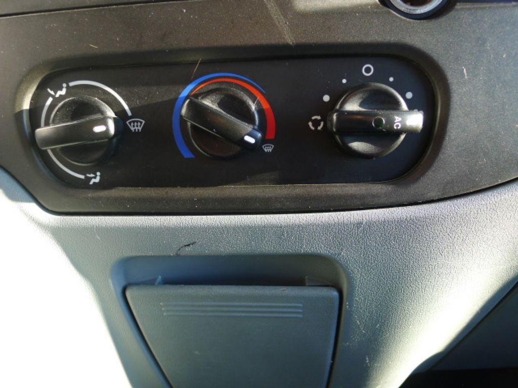 Ford Transit 300L 2,2TDCI 9míst + klima Trend Ak - 11