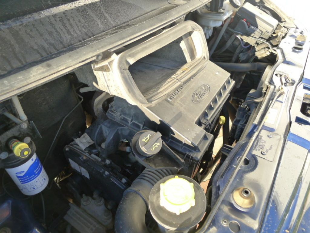 Ford Transit 300L 2,2TDCI 9míst + klima Trend Ak - 22