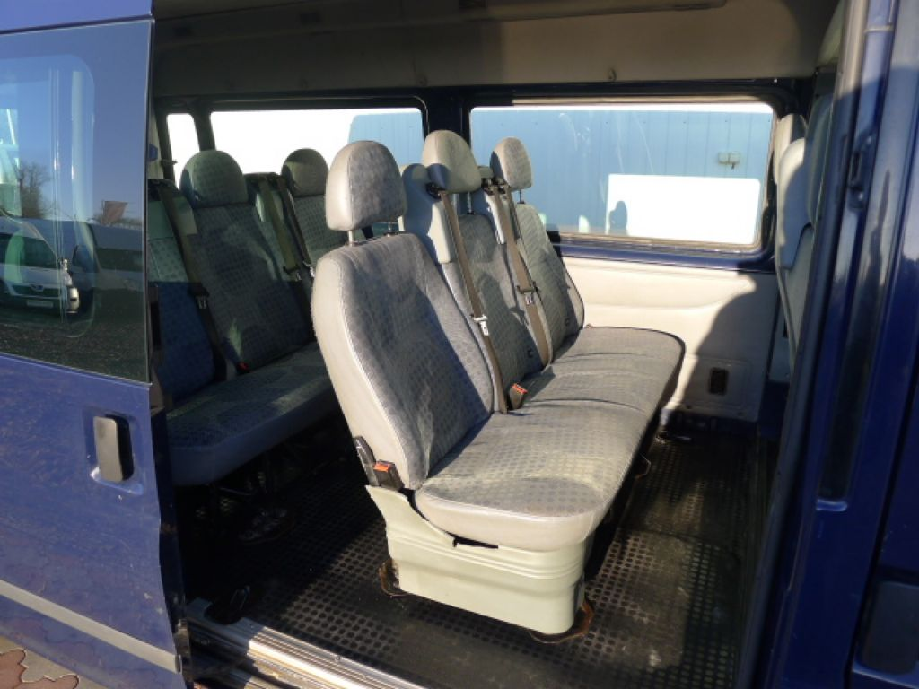 Ford Transit 300L 2,2TDCI 9míst + klima Trend Ak - 7