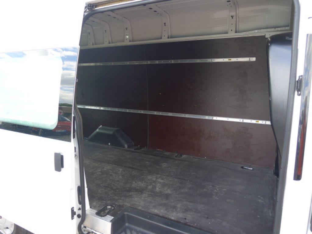Ford Transit 350L 2,2TDCI Maxi Jumbo+Klima 155PS - 7
