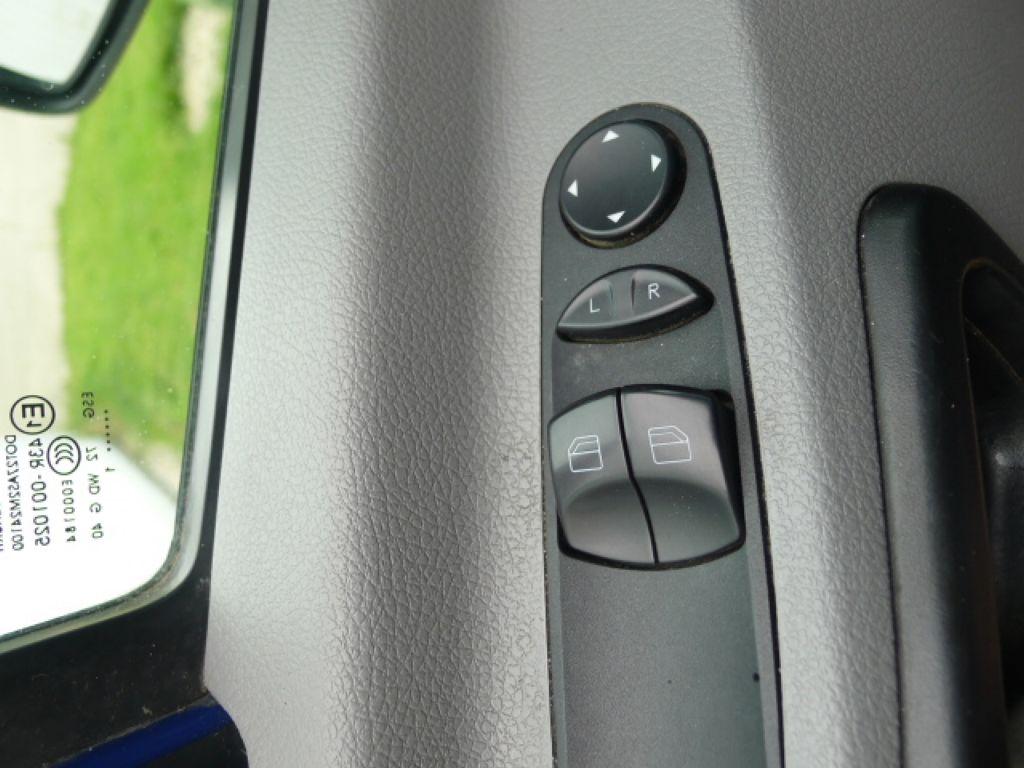 Mercedes-Benz Sprinter 211 CDI 9 Míst + Klima Akce!!! - 12