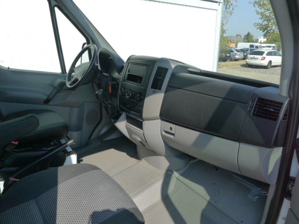 Mercedes-Benz Sprinter 316 CDI Maxi 6míst+klima Akce!!! - 9