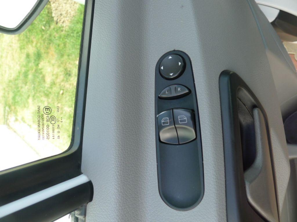 Mercedes-Benz Sprinter 316 CDI Maxi 6míst+klima Akce!!! - 12