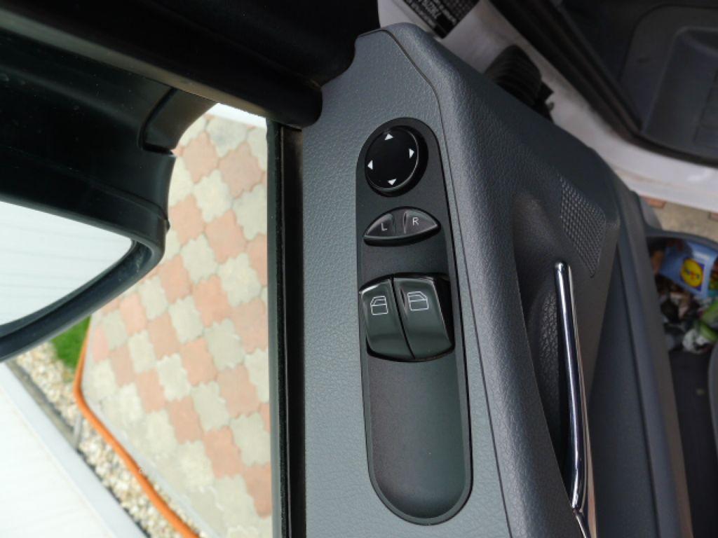 Mercedes-Benz Vito 111 CDI XL 8Míst+2xKlima Akce!!! - 13