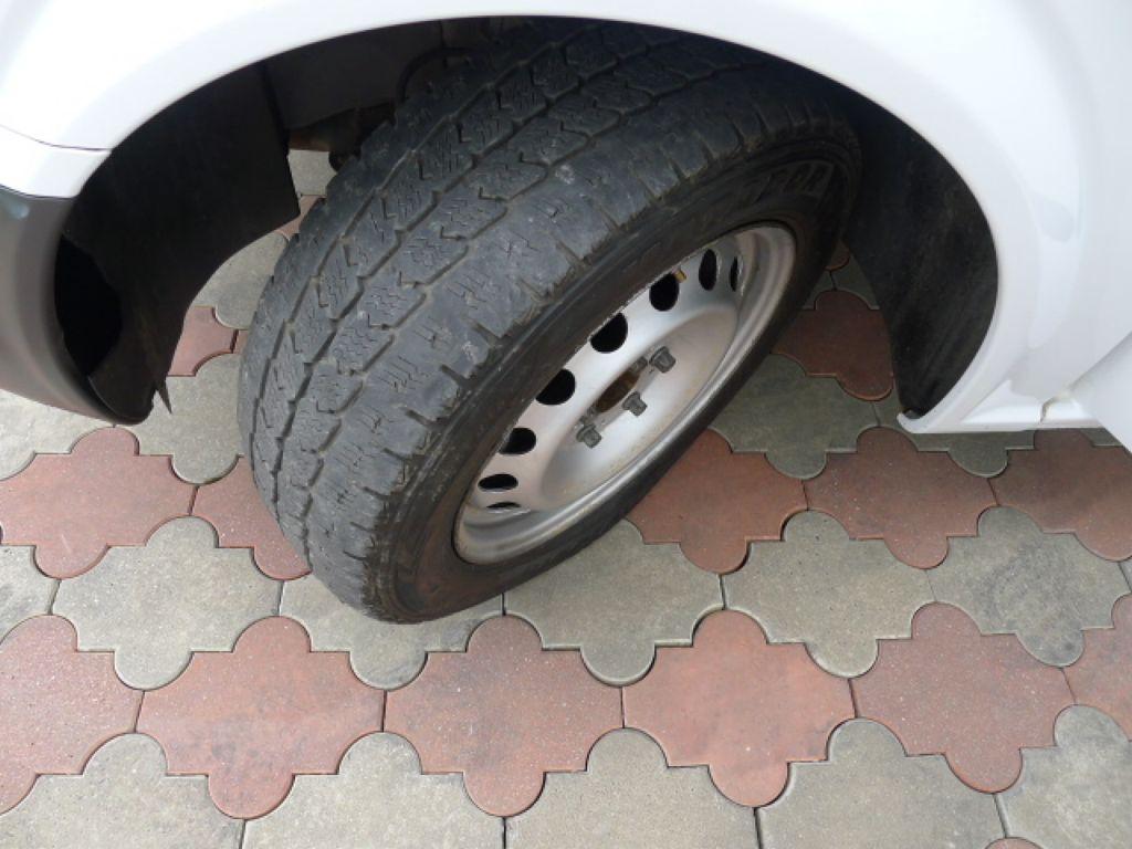 Mercedes-Benz Vito 111 CDI XL 8Míst+2xKlima Akce!!! - 25