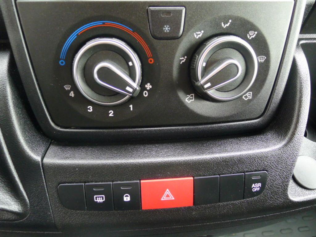Peugeot Boxer 3,0 HDI Valník+Spaní+Klima+Webasto - 10