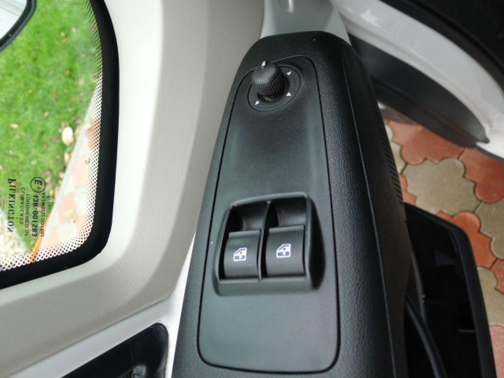 Peugeot Boxer 3,0 HDI Valník+Spaní+Klima+Webasto - 14