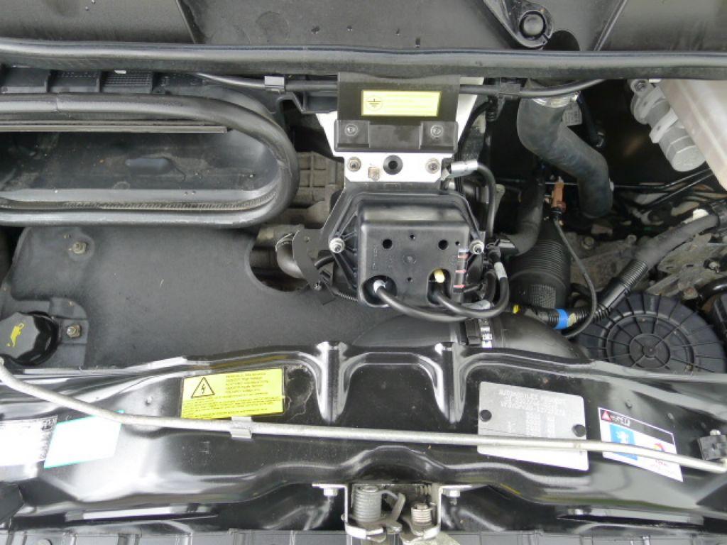 Peugeot Boxer 3,0 HDI Valník+Spaní+Klima+Webasto - 22