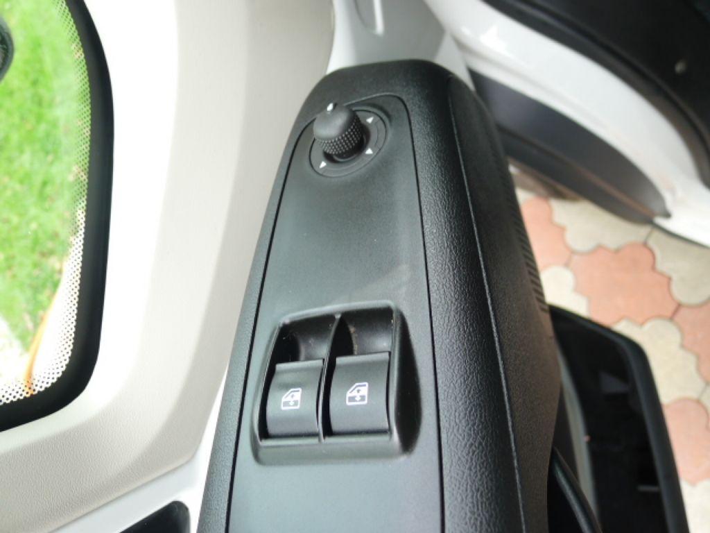 Peugeot Boxer 3,0 HDI Valník+Spaní+Klima+Webasto - 15