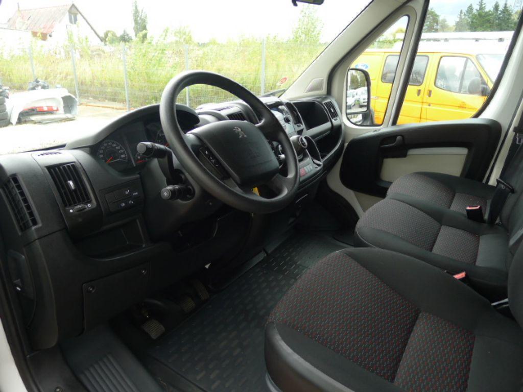 Peugeot Boxer 3,0 HDI Valník+Spaní+Klima+Webasto - 7