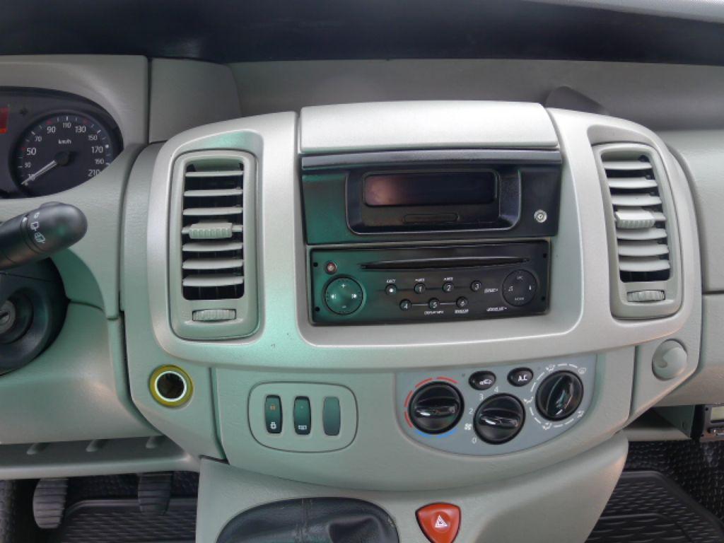 Renault Trafic 2,0 DCI 9míst+Klima 115 PS Akce!!! - 12