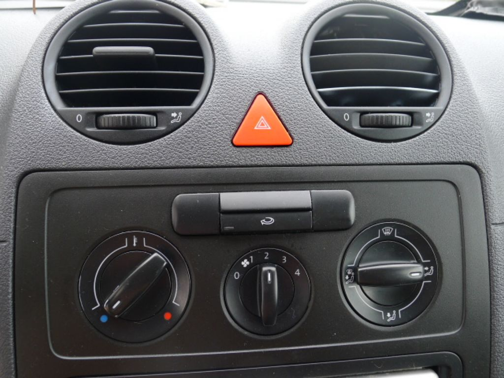 Volkswagen Caddy 2.0i benzín+CNG Nová Nádrž!!! - 10