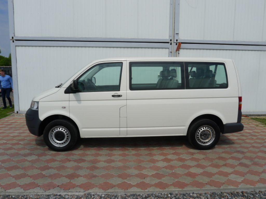 Volkswagen Transporter 1,9 TDI 8míst +klima Akce!!! - 5