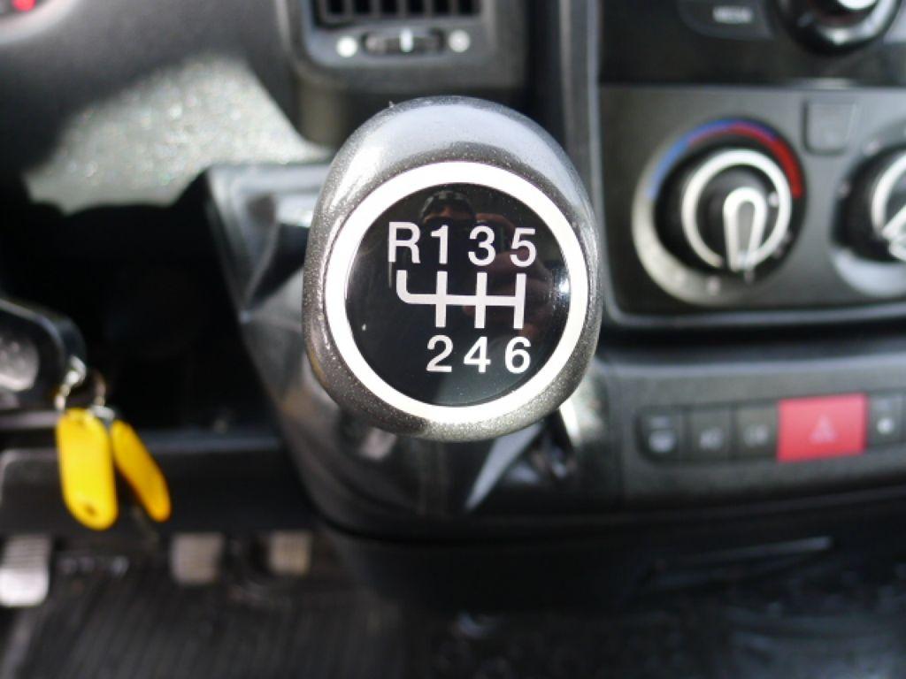 Citroën Jumper 2,2 HDI PANORAMA 9míst+2 x klima Ak - 13