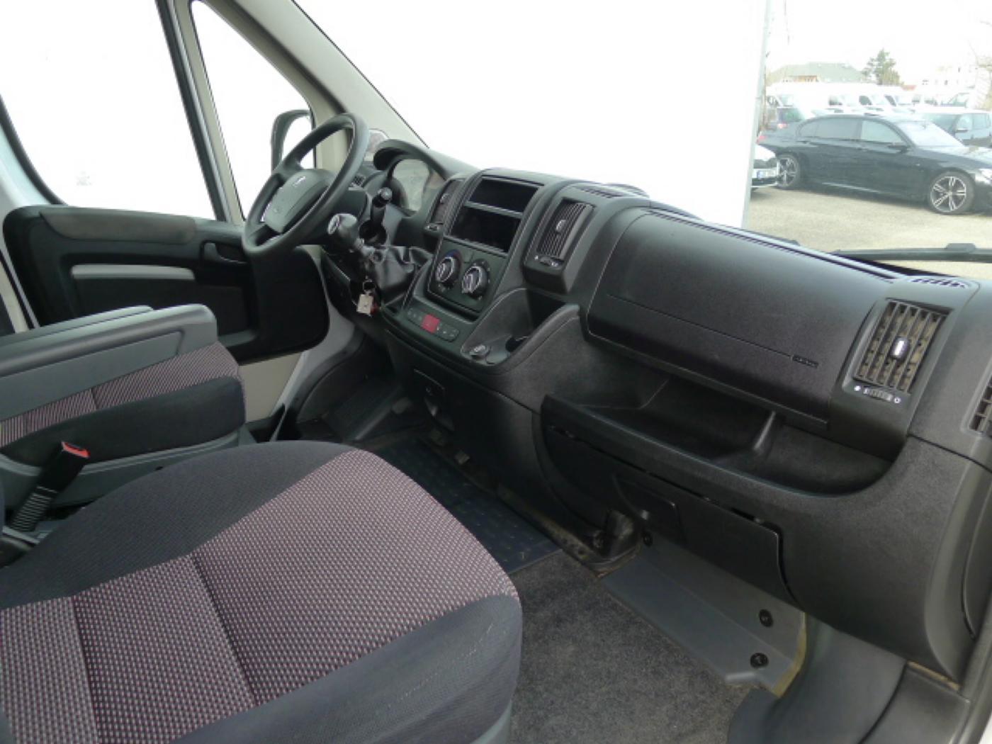 Peugeot Boxer 2,2 HDI PANORAMA 8míst+2 x klima+We - 10
