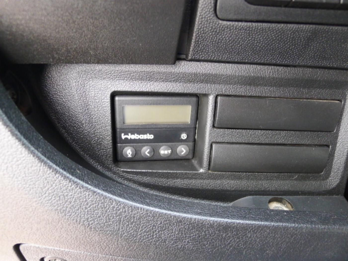 Peugeot Boxer 2,2 HDI PANORAMA 8míst+2 x klima+We - 16