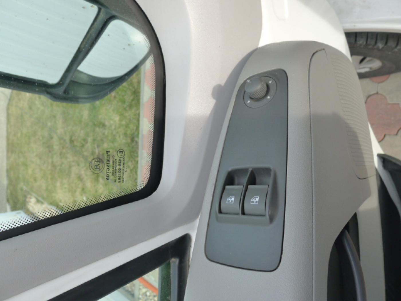 Peugeot Boxer 2,2 HDI valník + klima Akce!!! - 11