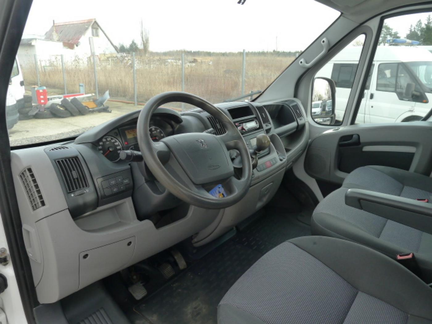 Peugeot Boxer 2,2 HDI valník + klima Akce!!! - 7