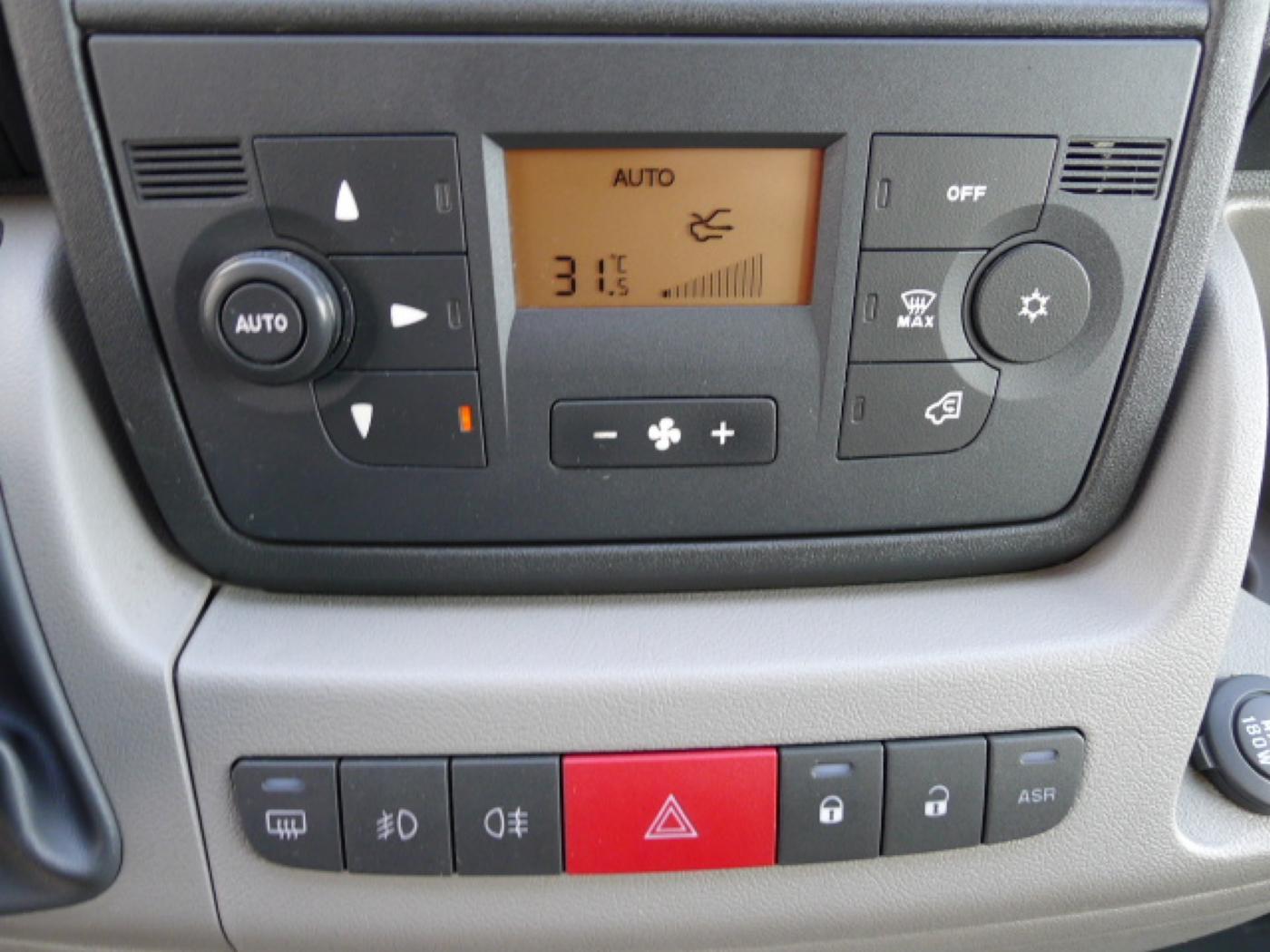 Fiat Ducato 2,3 JTD L2H2 6míst+Klima+Kamera Akc - 11