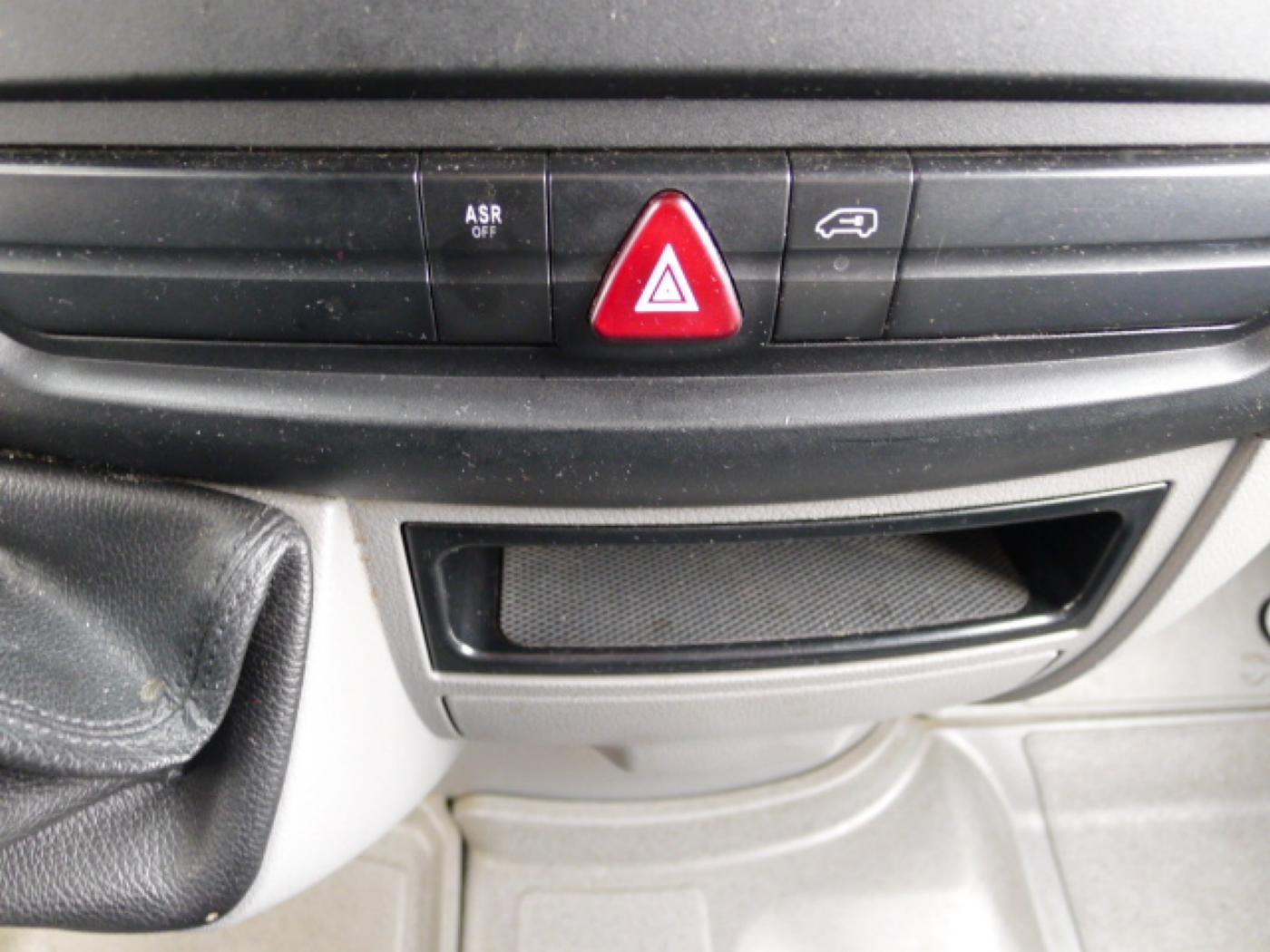 Mercedes-Benz Sprinter 318 CDI Skøíñ 23m3+Mìchy - 10
