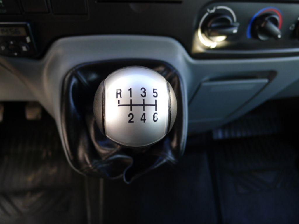 Ford Transit 350L 2,2TDCI 7míst+Klima+Webasto va - 13