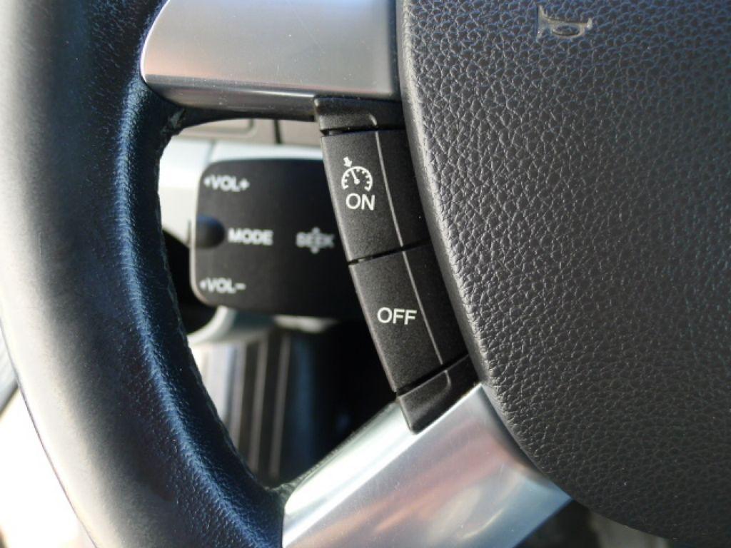 Ford Transit 350L 2,2TDCI 7míst+Klima+Webasto va - 16