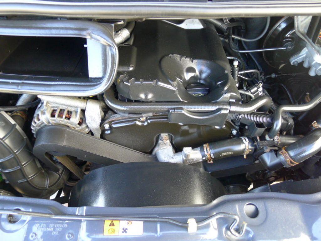 Ford Transit 350L 2,2TDCI 7míst+Klima+Webasto va - 24