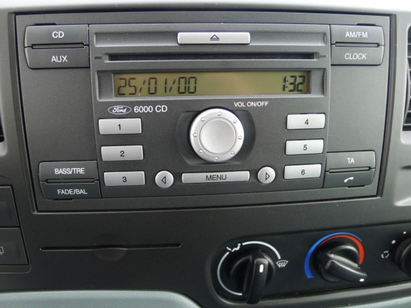 Ford Transit 280 2,2TDCI 9míst+Klima Akce!!! - 10