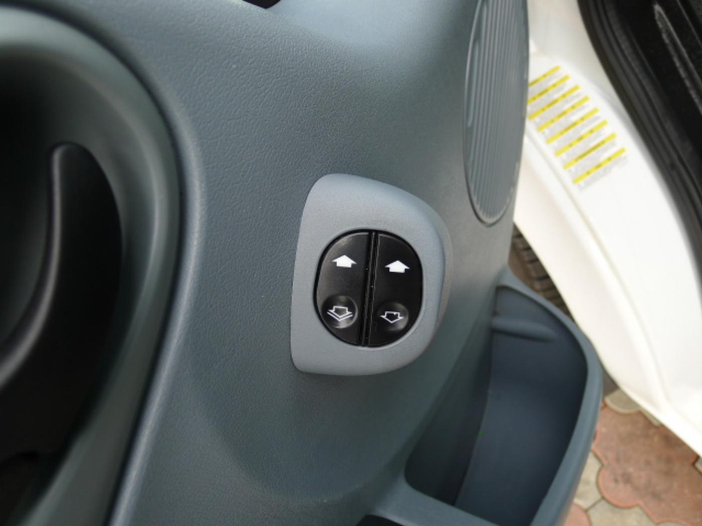 Ford Transit 280 2,2TDCI 9míst+Klima Akce!!! - 14