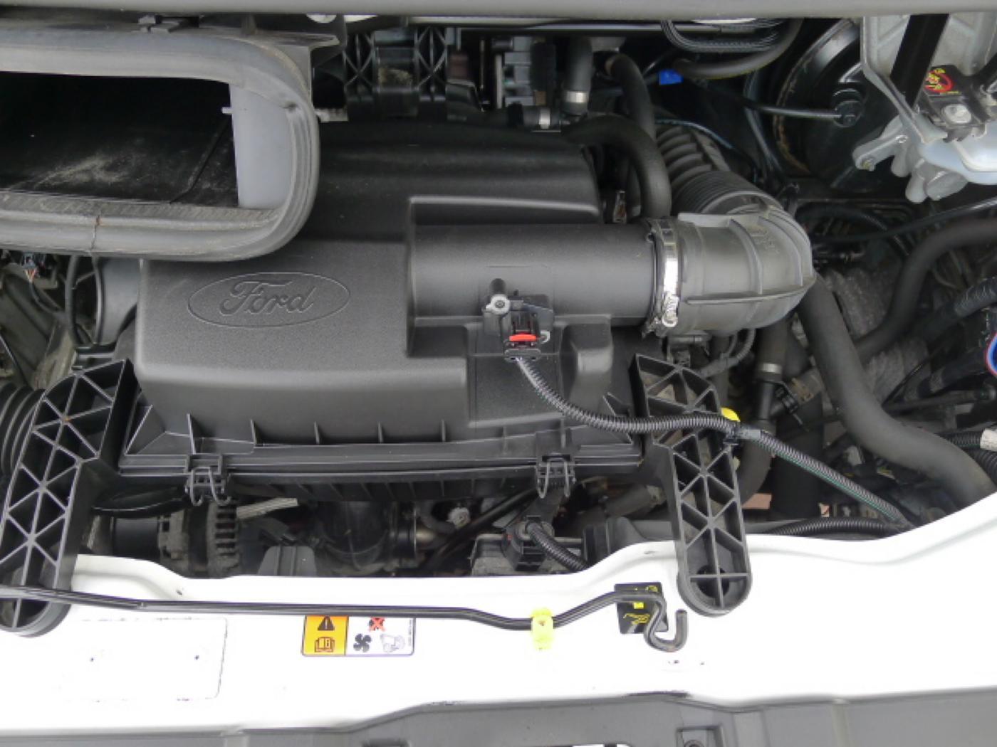 Ford Transit 280 2,2TDCI 9míst+Klima Akce!!! - 17