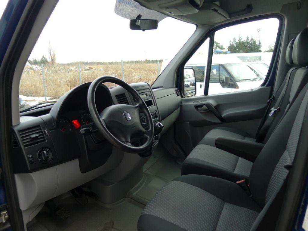 Volkswagen Crafter 2,0 TDI Maxi 6míst+Klima Akce!! - 8
