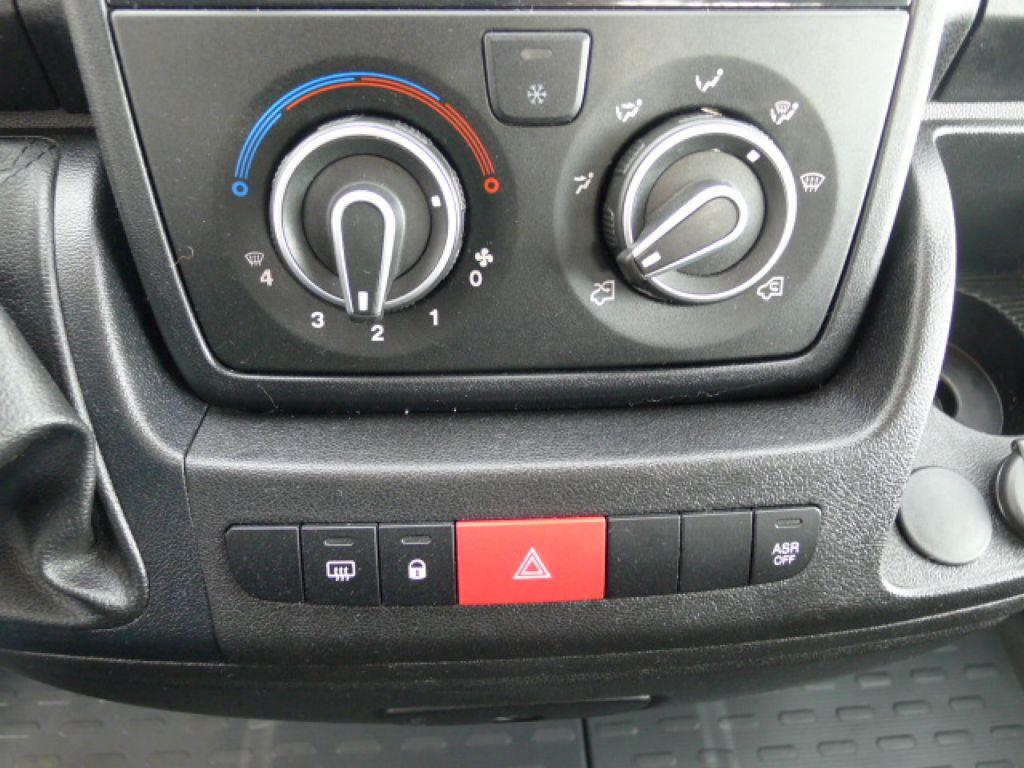 Peugeot Boxer 2,2 HDI Valník+Klima Akce!!!! - 10