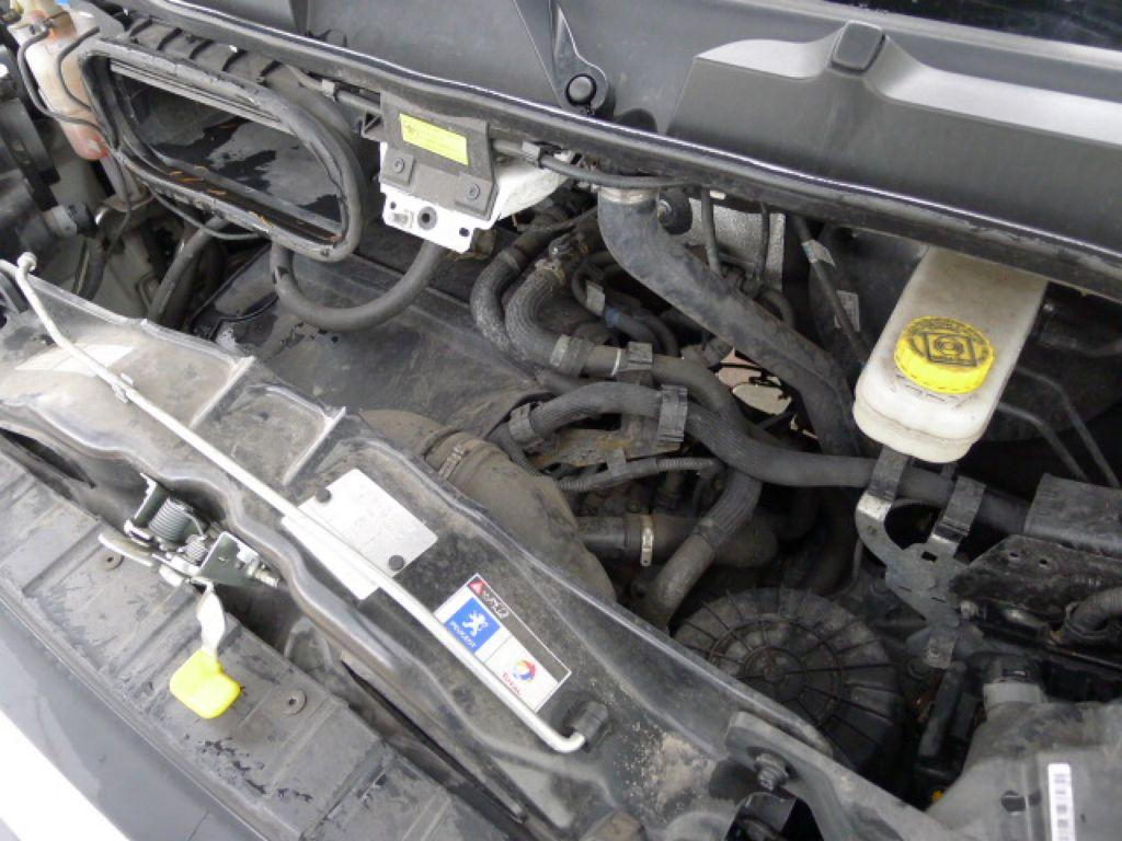 Peugeot Boxer 2,2 HDI Valník+Klima Akce!!!! - 17