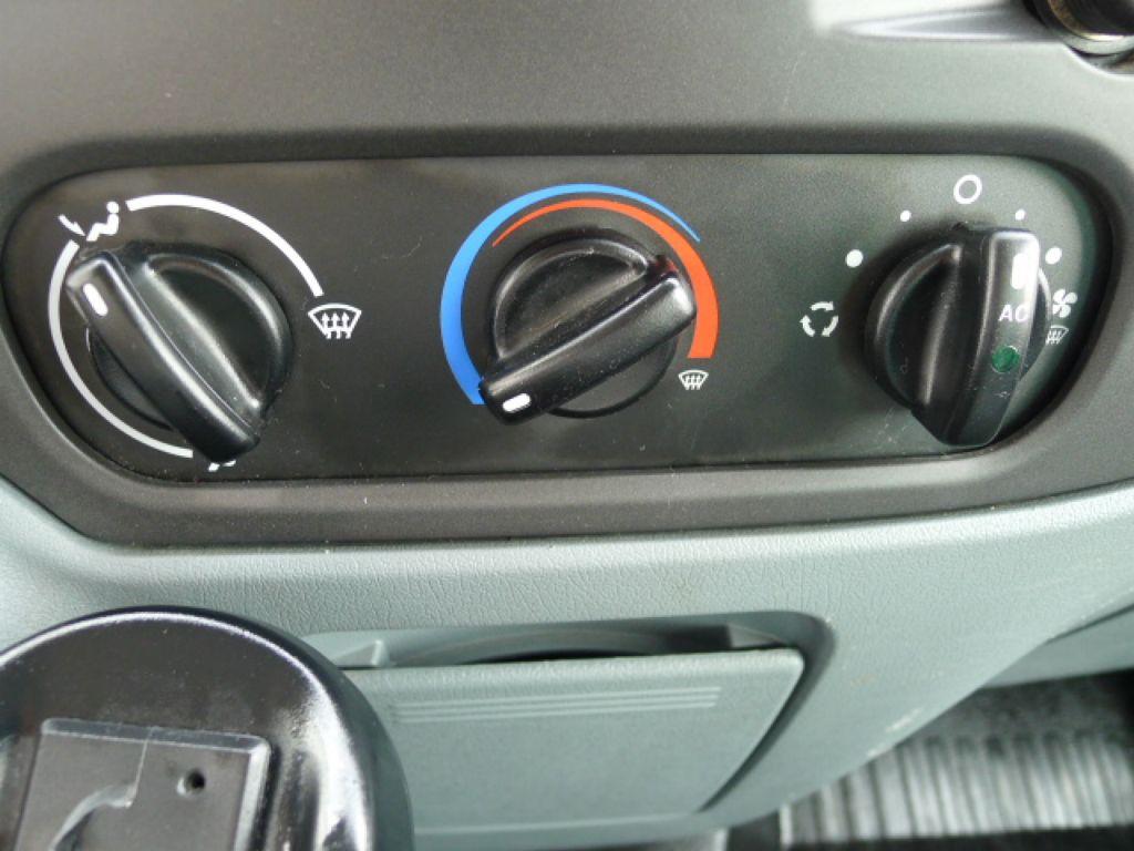 Ford Transit 300 2,2TDCI 8míst+Klima+Navi+Webast - 12