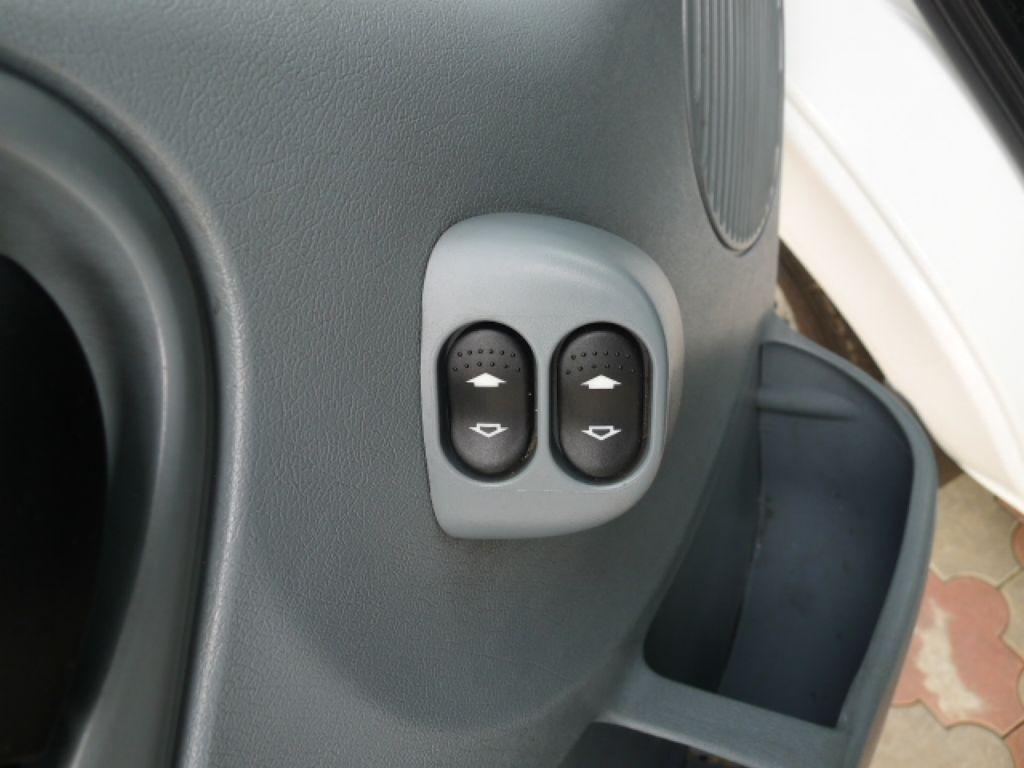 Ford Transit 300 2,2TDCI 8míst+Klima+Navi+Webast - 16