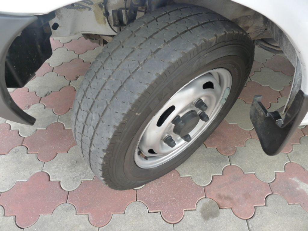Ford Transit 300 2,2TDCI 8míst+Klima+Navi+Webast - 17