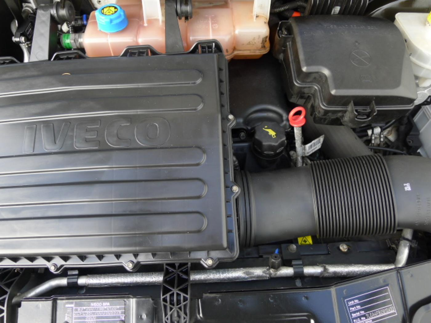 Iveco Daily 35S17 3,0HPT Maxi Chladák+Klima Akc - 21