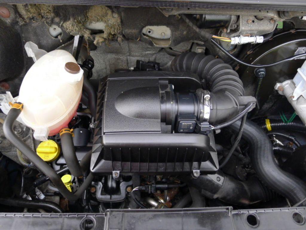 Renault Master 2,5 DCI L2H2 9míst+Klima Akce!! - 19