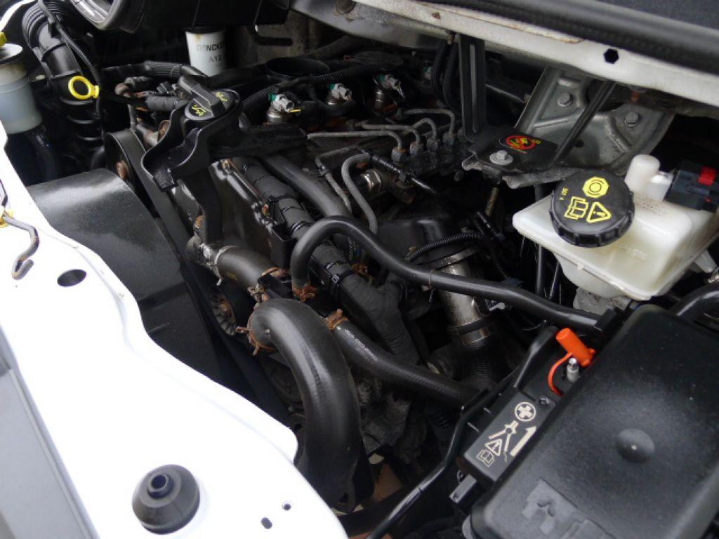 Ford Transit 350L 2,4 TDCI 6míst Maxi Jumbo Akce - 16