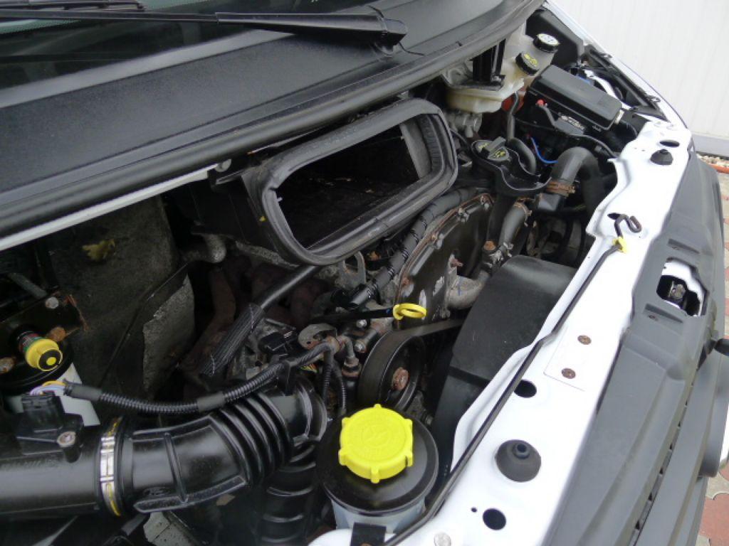 Ford Transit 350L 2,4 TDCI 6míst Maxi Jumbo Akce - 18