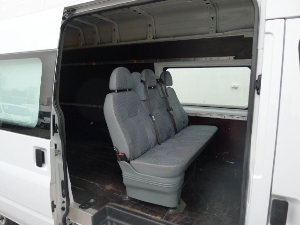 Ford Transit 350L 2,4 TDCI 6míst Maxi Jumbo Akce - 7