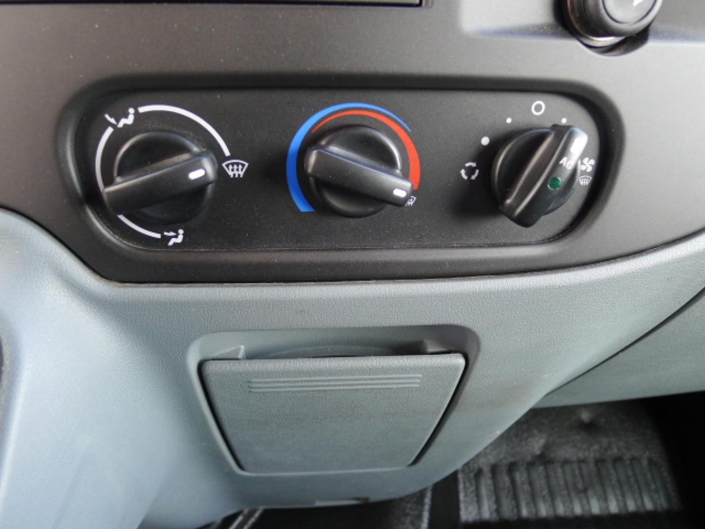 Ford Transit 260 2,2TDCI L1H1 Trend klima Akce!! - 11