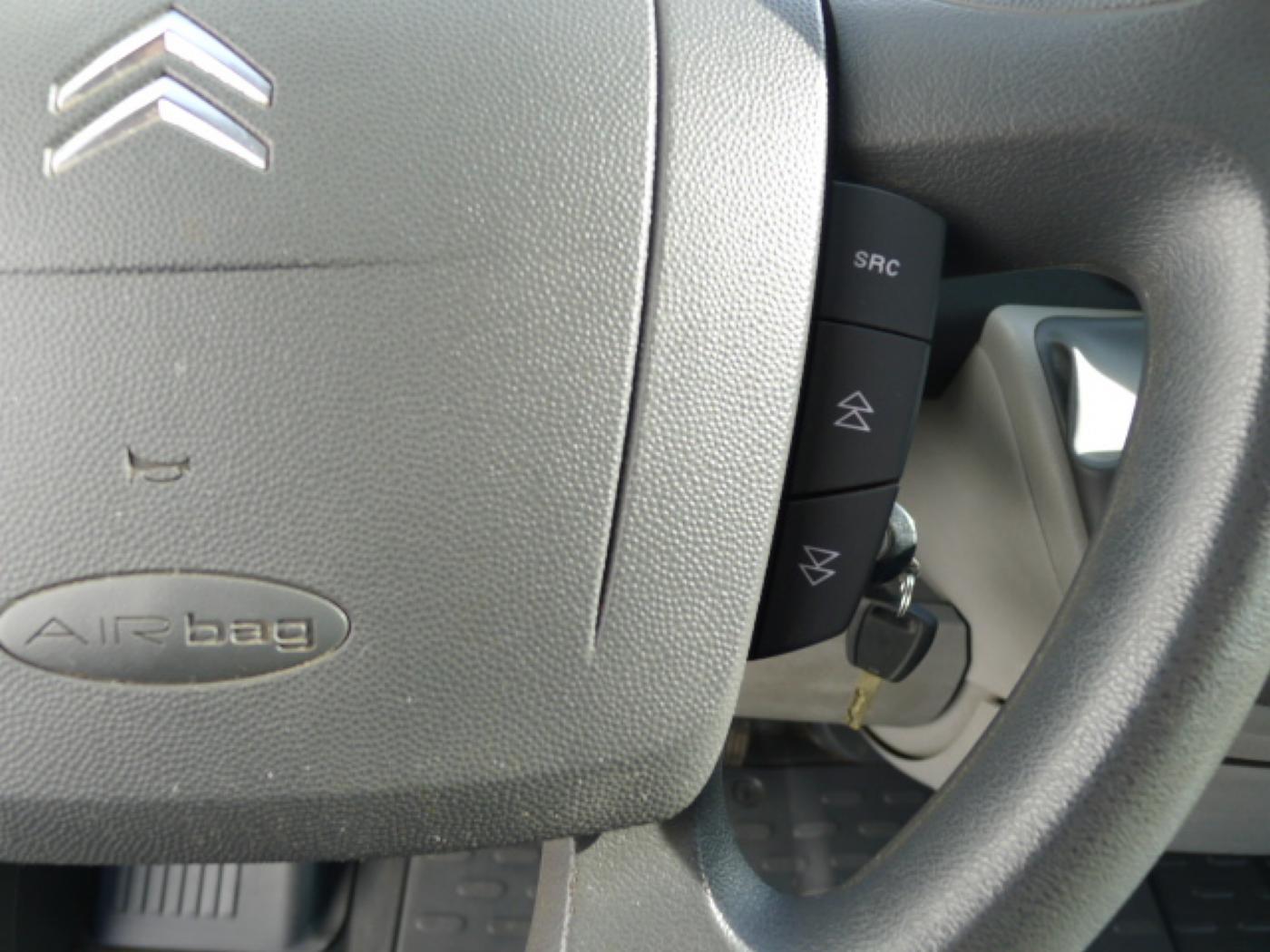 Citroën Jumper 2,2 HDI L2H1 6míst + Klima - 13
