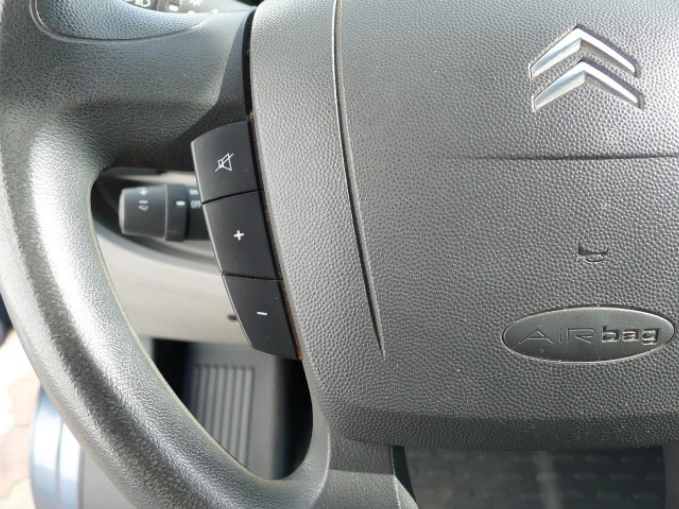 Citroën Jumper 2,2 HDI L2H1 6míst + Klima - 14