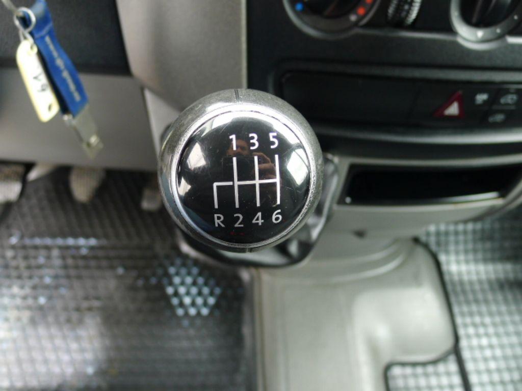 Volkswagen Crafter 2,0 TDI Maxi XXL Akce!!! - 12