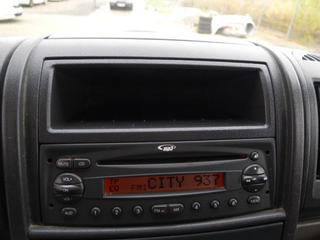 Citroën Jumper 2,2 HDI L2H2 9míst+Klima Akce!!! - 11