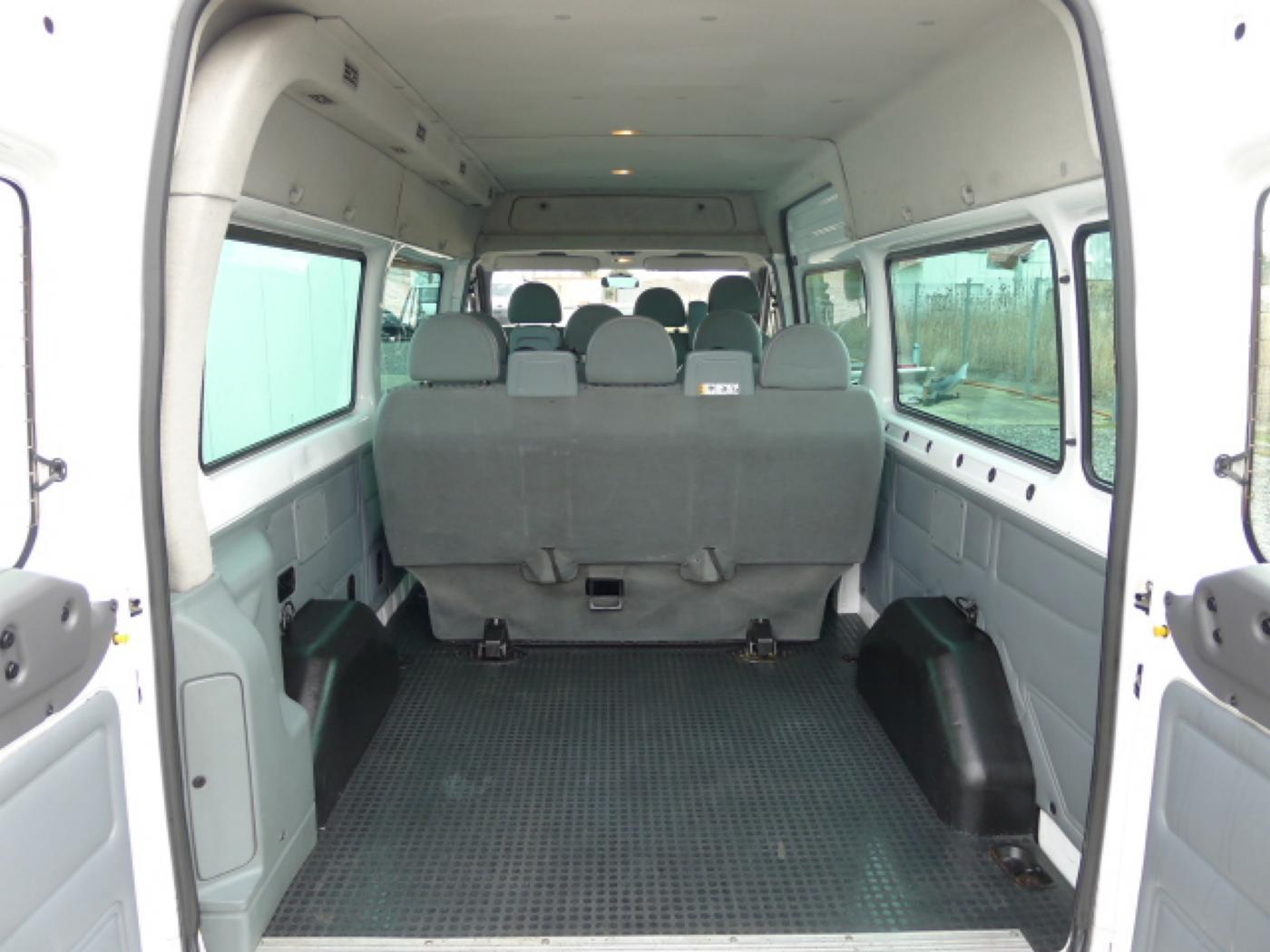 Ford Transit 300L 2,2TDCI 9míst + klima Trend Ak Novinka - 6