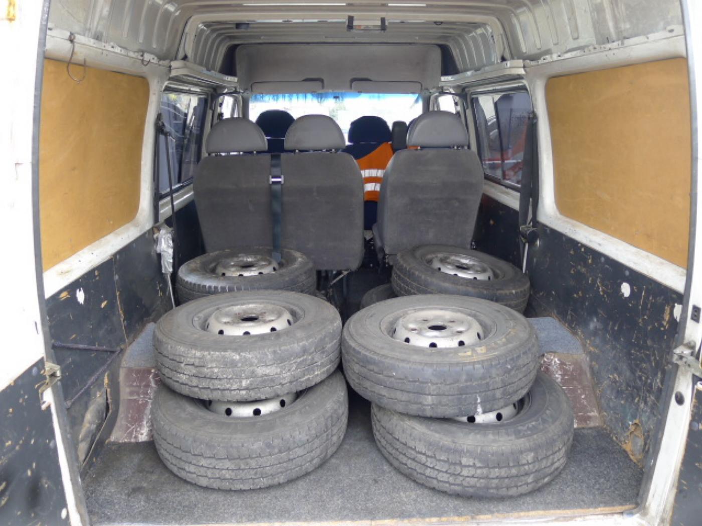 Ford Transit 2,5 TD 6míst EKO ZAPL !!! Novinka - 6